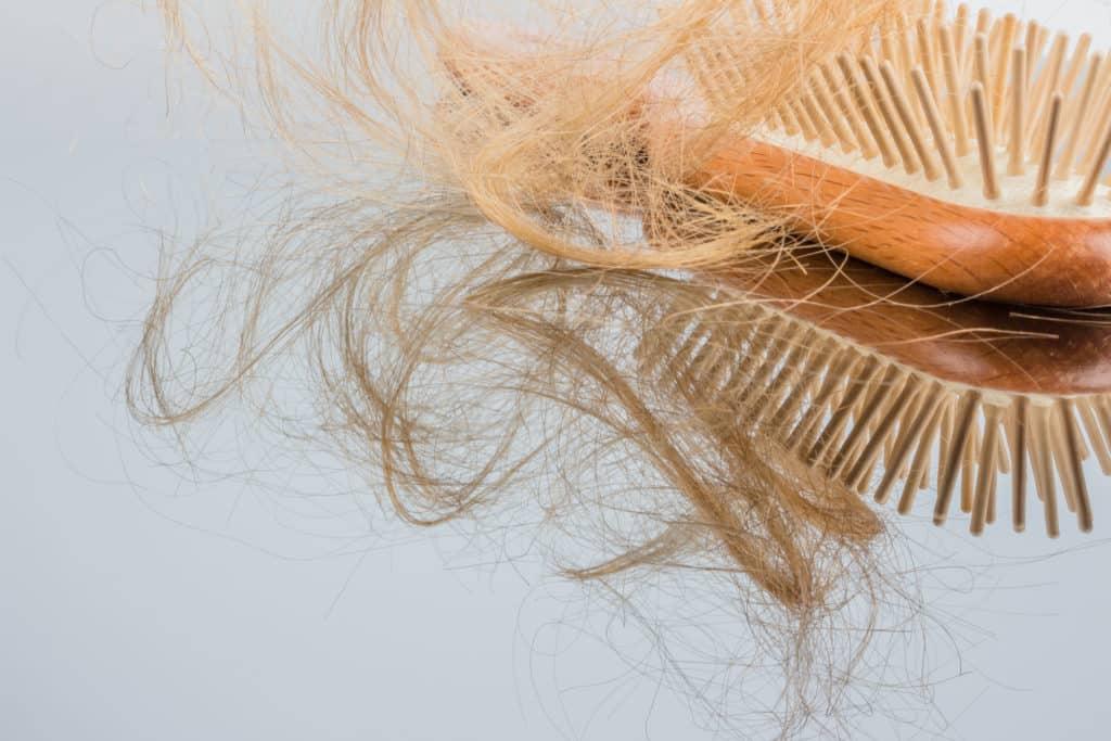 wypadanie włosów w drugiej fazie cyklu
