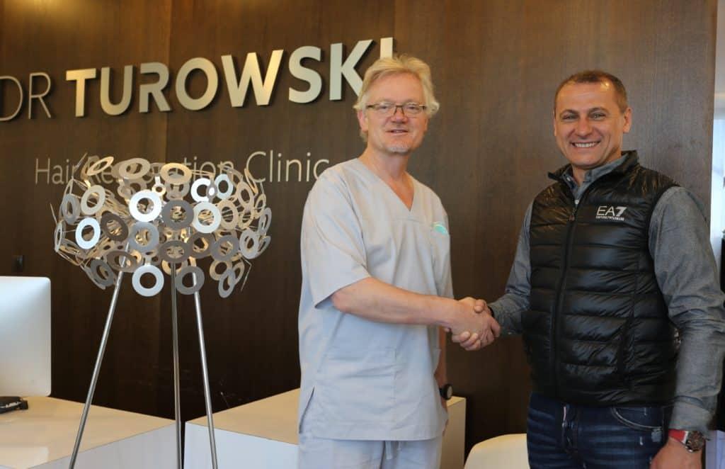 Konsultacja przeszczepu włosów Piotr Świerczewski